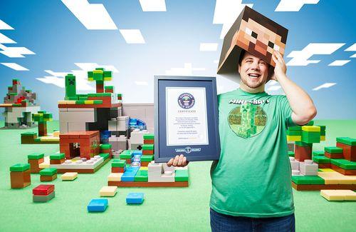 Martin-Fornleitner-Longest-Videogame-Marathon-On-Minecraft